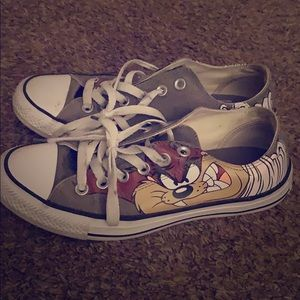 converse shoes with a cute looney tunes character